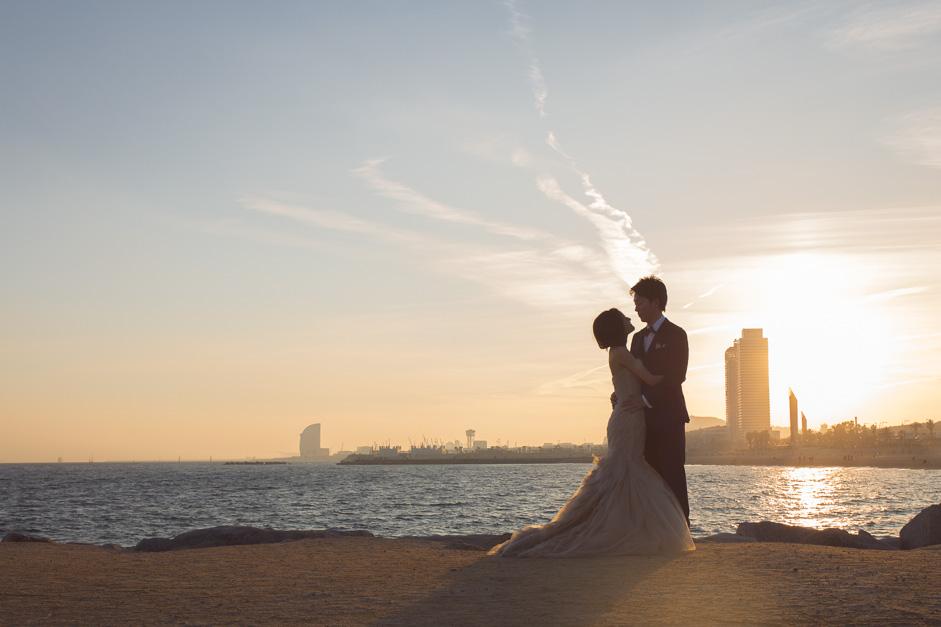 Destination wedding photographer Barcelona