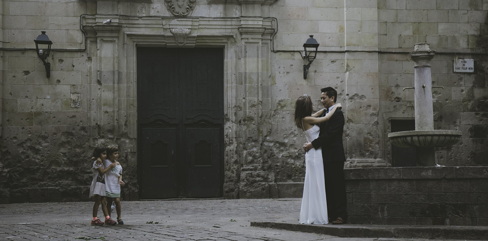 wedding engagement photos barcelona